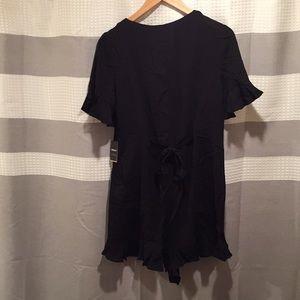 NWT ruffle sleeve shorts button down V neck romper